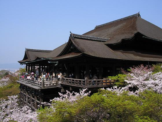 Kiyomizudera temple hondo