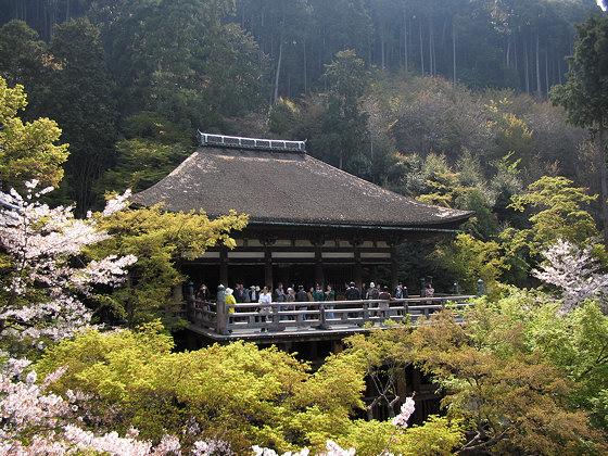 Kiyomizudera temple okunoin