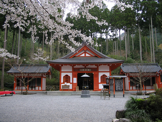 Sanzen-in Temple Kannondo
